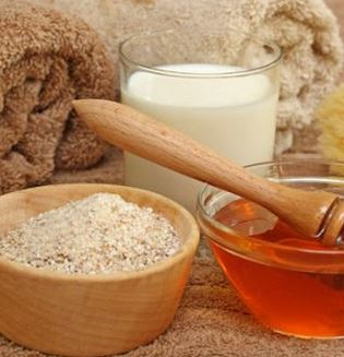 make an oatmeal paste and rub it on the itchy shaved skin on legs, neck or bikinis.