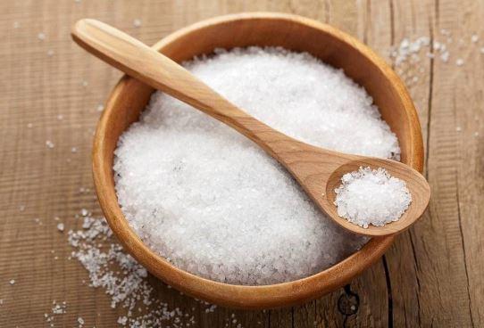 Salt cure for dandruff